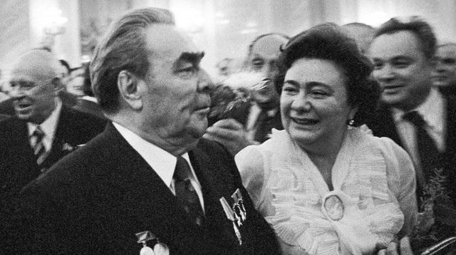 Số phận con cái một số nhà lãnh đạo chóp bu của Liên Xô - 3