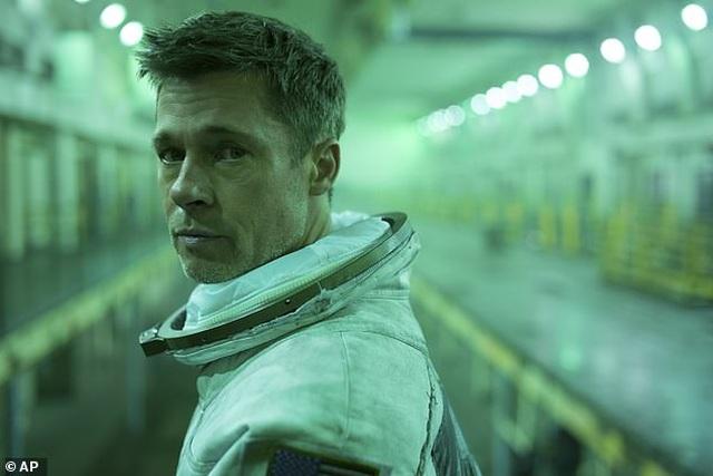 """Hóa ra Brad Pitt cũng """"so kè"""" với Geroge Clooney - Ảnh minh hoạ 3"""