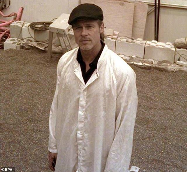 """Hóa ra Brad Pitt cũng """"so kè"""" với Geroge Clooney - Ảnh minh hoạ 5"""