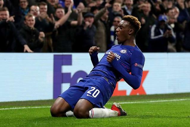 Chelsea ký hợp đồng dài hạn giữ chân tài năng trẻ Hudson-Odoi - 1