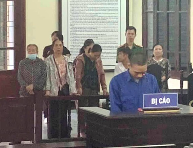 Nguyên Bí thư Đoàn thanh niên phường lĩnh 2 năm tù vì tội dâm ô - 1