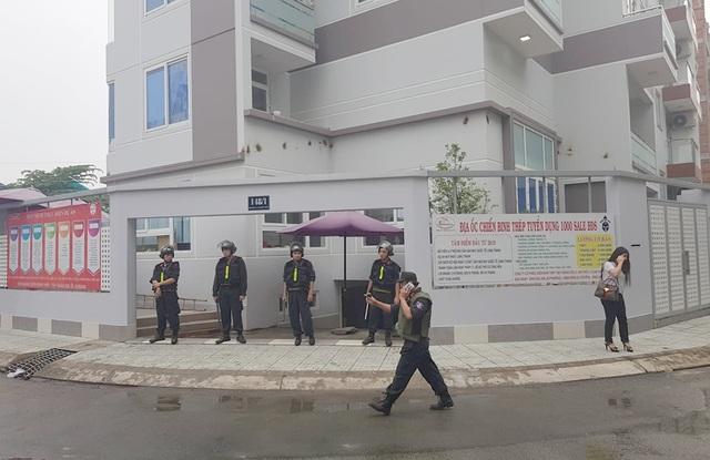 Hàng chục cảnh sát bao vây, khám xét công ty con của Công ty Alibaba - 1