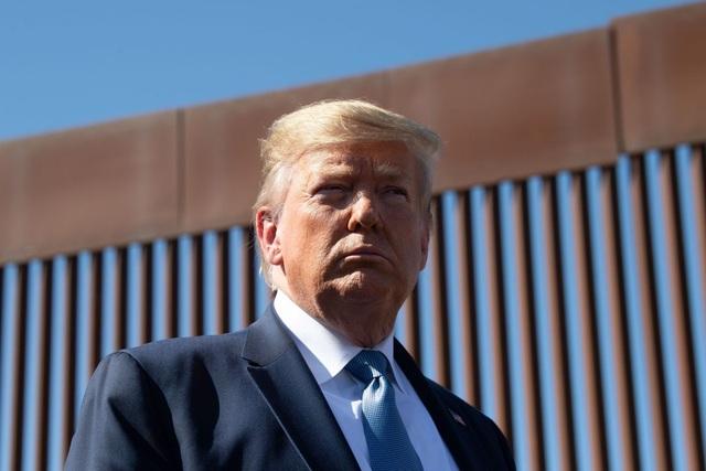 Ông Trump tính cắt thêm 3,6 tỷ USD tiền quốc phòng sang xây tường biên giới - 1
