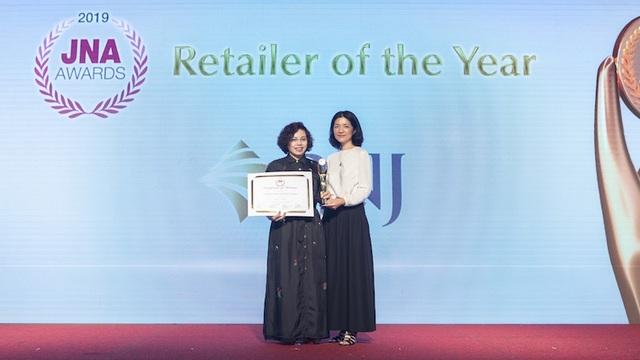 Bà Cao Thị Ngọc Dung cùng PNJ đoạt cú đúp giải Oscar ngành kim hoàn châu Á - 3
