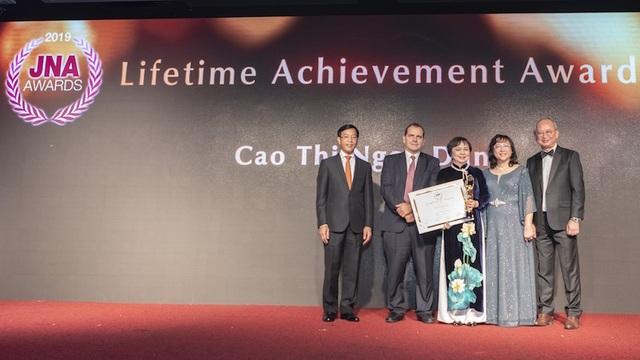 Bà Cao Thị Ngọc Dung cùng PNJ đoạt cú đúp giải Oscar ngành kim hoàn châu Á - 5