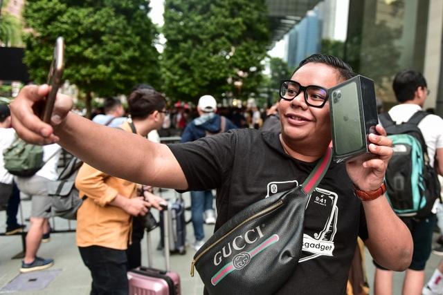 Những chiếc iPhone 11 đầu tiên trên thế giới về tay người Việt Nam - 6
