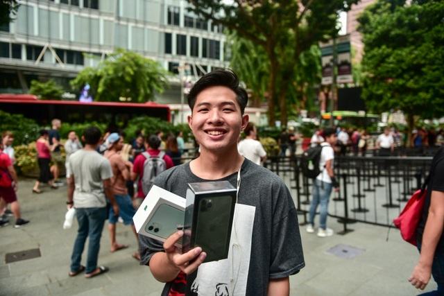 Những chiếc iPhone 11 đầu tiên trên thế giới về tay người Việt Nam - 3