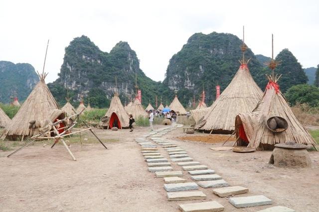 """Điều gì khiến UNESCO khuyến nghị tháo dỡ phim trường """"Kong""""?"""