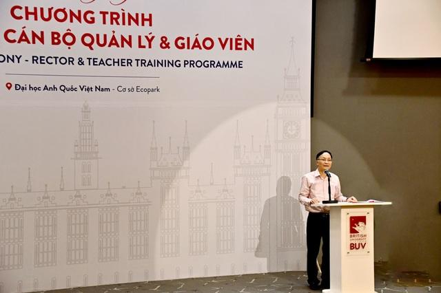 Hà Nội: Đưa 450 hiệu trưởng, giáo viên đi bồi dưỡng năng lực quản lý, chuyên môn hiện đại - 1