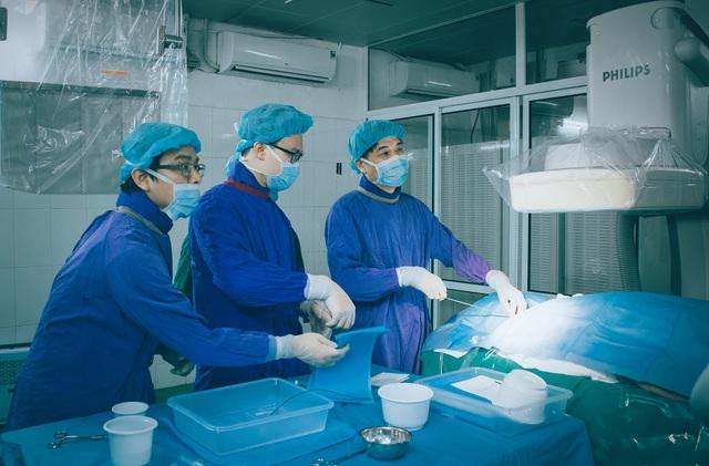 Bệnh viện Việt Đức: Cơ hội kéo dài cuộc sống cho bệnh nhân ung thư gan nhờ phương pháp mới - 1