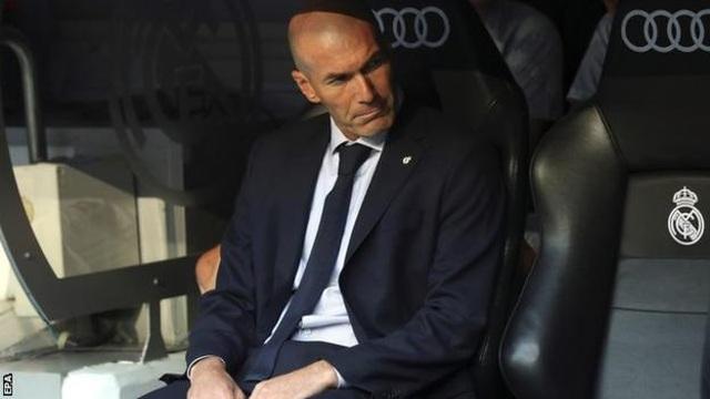 """Khi """"nhà vua"""" Real Madrid bay khỏi bánh xe lịch sử… - 1"""