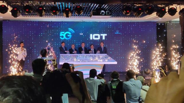 Viettel chính thức phát sóng 5G và đưa vào khai thác hạ tầng kết nối vạn vật