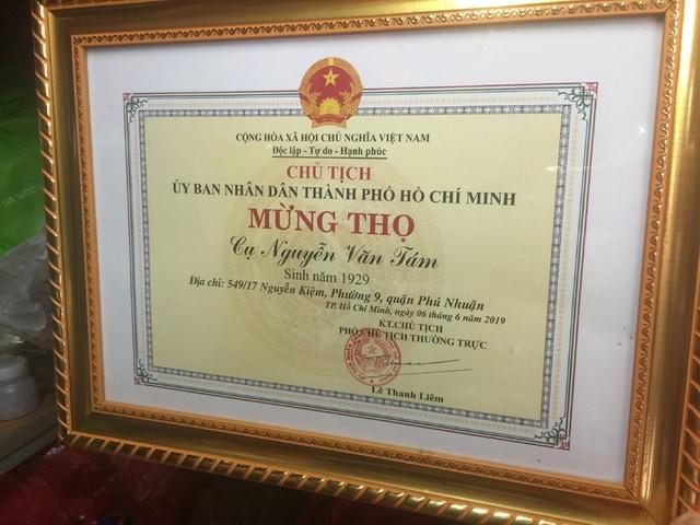 Tuổi 90, cựu nhân viên sân bay Tân Sơn Nhất sống cảnh eo hẹp trong căn nhà gần 2m2 - 5
