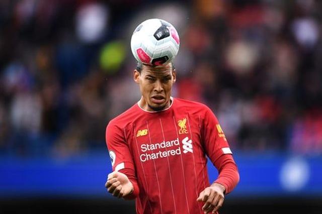 Chelsea 1-2 Liverpool: Sự khác biệt ở các tình huống cố định - 11