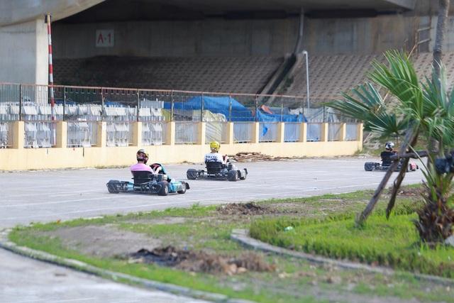 """Trải nghiệm đua xe F1 thu nhỏ"""" ngay tại Hà Nội - 11"""