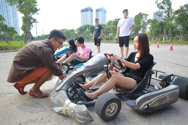 """Trải nghiệm đua xe F1 thu nhỏ"""" ngay tại Hà Nội - 6"""