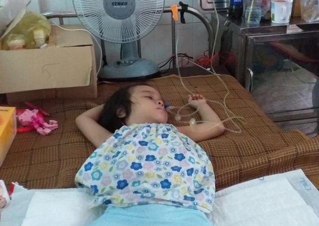 Người mẹ đơn thân cầu xin mọi người cứu con gái 4 tuổi - 4