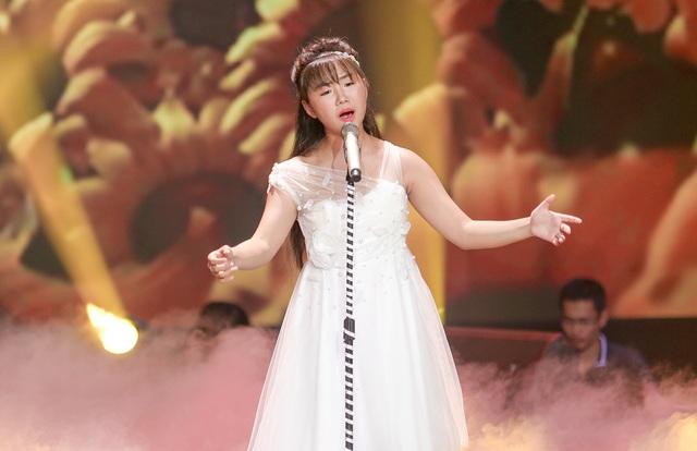 """""""Thần đồng Bolero"""" hát tặng mẹ mắc bệnh ung thư khiến Phạm Quỳnh Anh rơi lệ - 4"""