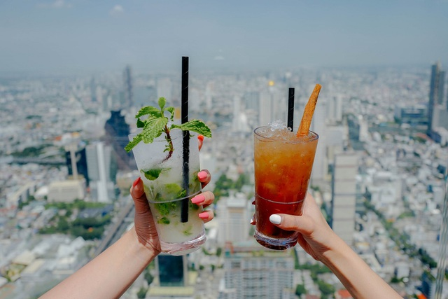 Nếu không sợ độ cao, đến Bangkok hãy thử tới sàn kính ở Mahanakhon Skywalk - 7