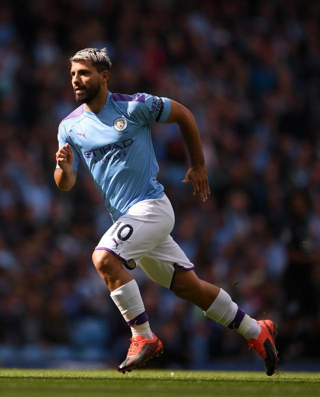 Man City thiết lập hàng loạt kỷ lục sau chiến thắng 8-0 - 2