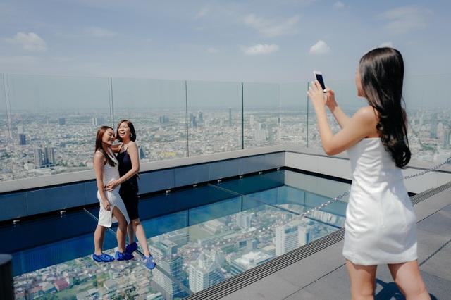 Nếu không sợ độ cao, đến Bangkok hãy thử tới sàn kính ở Mahanakhon Skywalk - 6