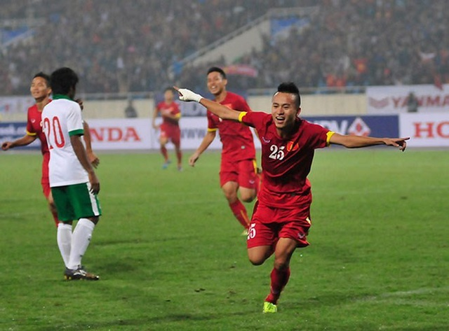 HLV Huỳnh Đức nghi ngờ khả năng thành công của Huy Toàn ở đội tuyển Việt Nam - 1