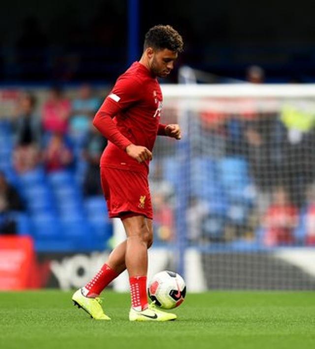 Chelsea 1-2 Liverpool: Sự khác biệt ở các tình huống cố định - 6