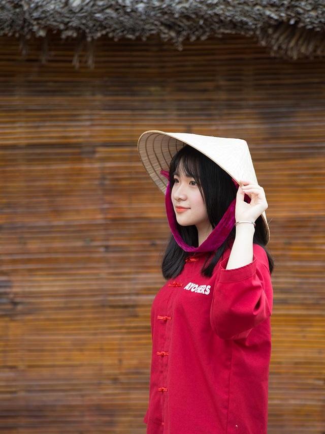 Nữ sinh Đà Nẵng sở hữu chiếc mũi cao xinh đẹp - 4