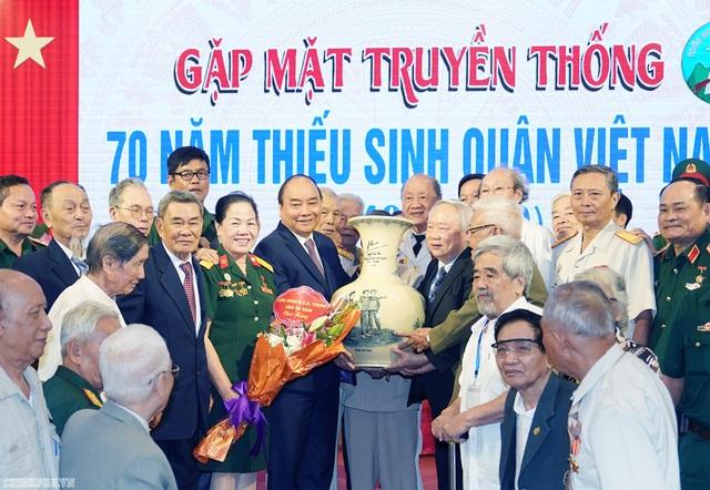 Thủ tướng gặp mặt cựu học sinh các Trường Thiếu sinh quân Việt Nam - 2