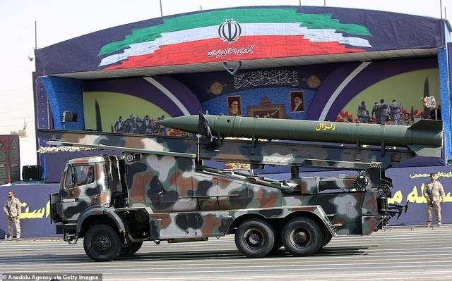 """Iran """"thị uy"""" bằng dàn khí tài """"khủng"""" giữa lúc Trung Đông căng thẳng - 6"""