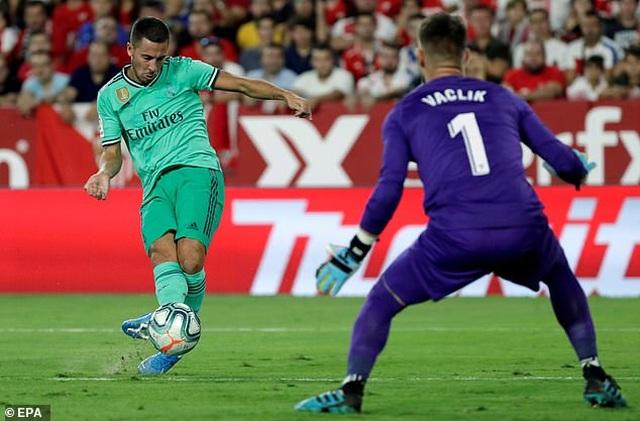 Benzema lập công, Real Madrid nhọc nhằn đánh bại Sevilla - 2