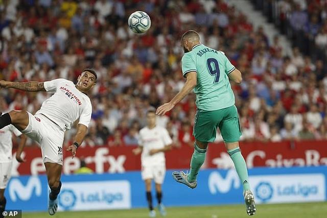 Benzema lập công, Real Madrid nhọc nhằn đánh bại Sevilla - 4