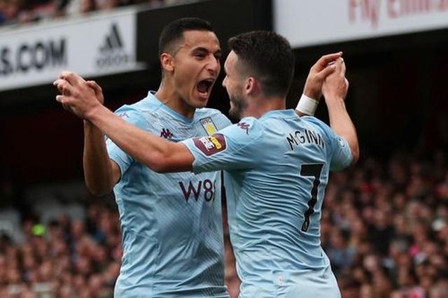 """Arsenal 3-2 Aston Villa: """"Pháo thủ"""" lội ngược dòng chỉ với 10 người - 3"""