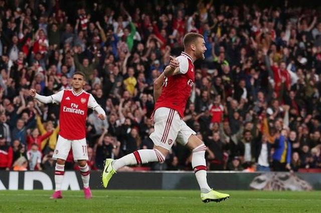 """Arsenal 3-2 Aston Villa: """"Pháo thủ"""" lội ngược dòng chỉ với 10 người - 2"""