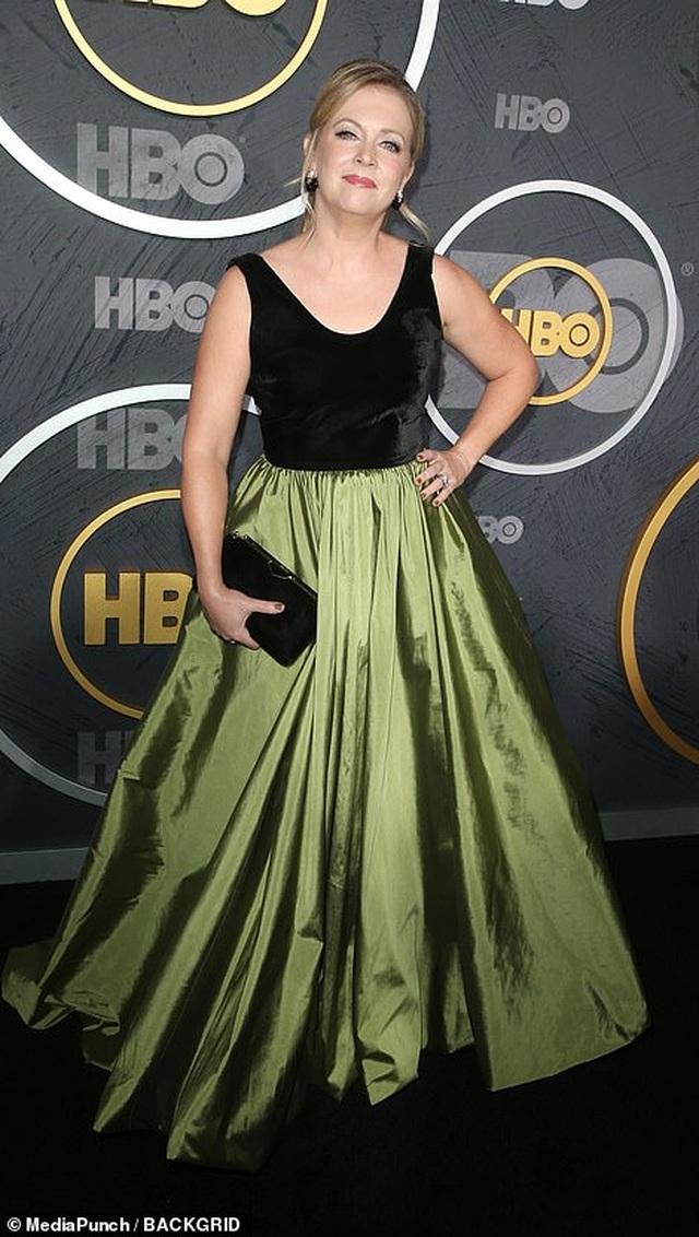 Heidi Klum khoe ngực nảy nở trong tiệc Emmy - 15