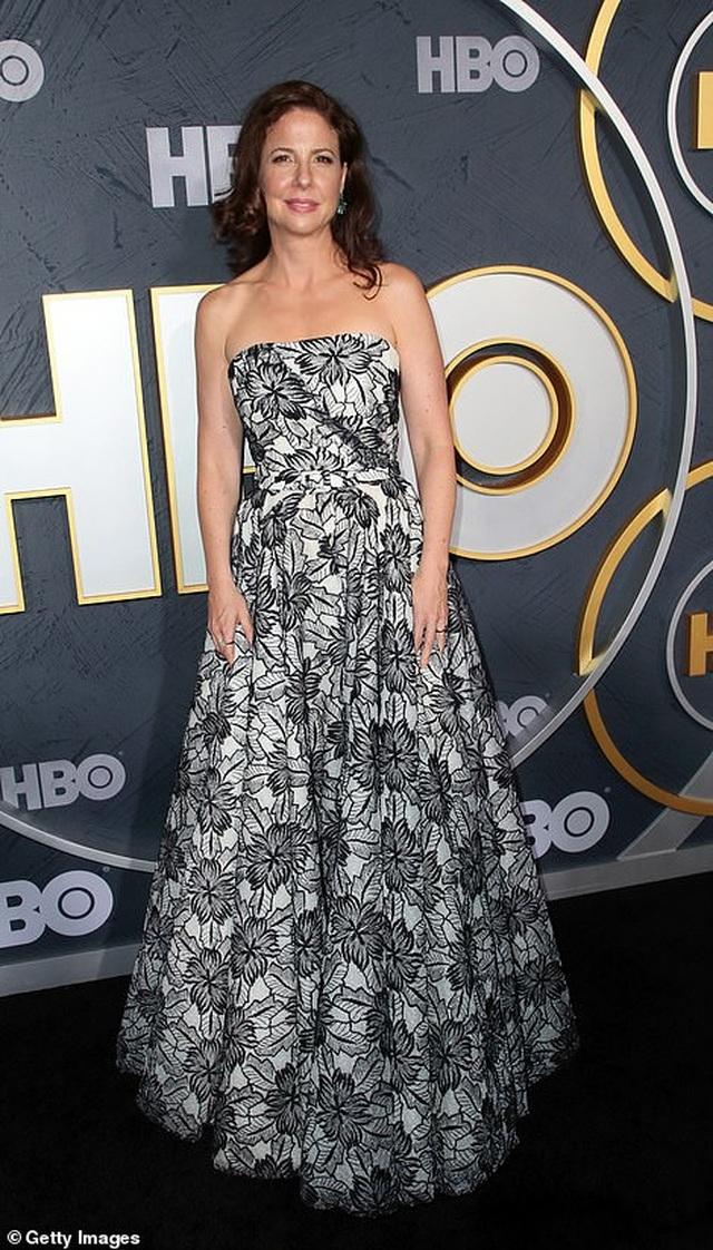Heidi Klum khoe ngực nảy nở trong tiệc Emmy - 23
