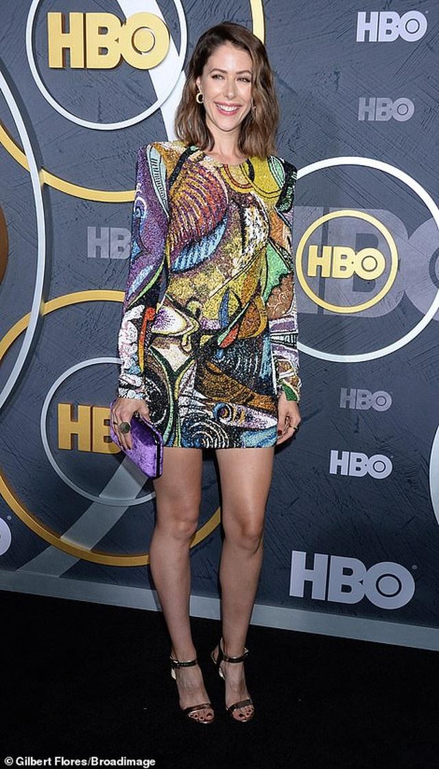 Heidi Klum khoe ngực nảy nở trong tiệc Emmy - 24
