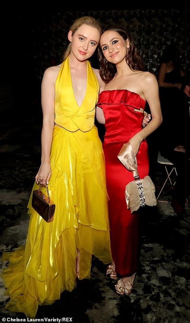 Heidi Klum khoe ngực nảy nở trong tiệc Emmy - 29