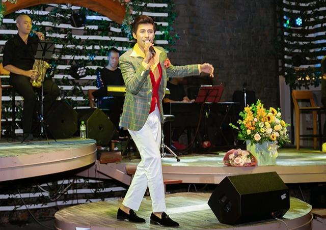Huỳnh Gia Đạt tổ chức thành công tour minishow đầu tiên - 4
