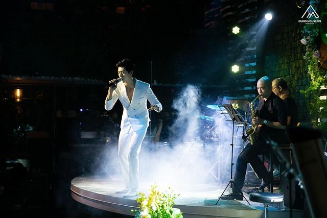Chàng ca sỹ của TT Từ Tâm - Huỳnh Gia Đạt được khen ngợi ngay trong tour mini show đầu tiên.