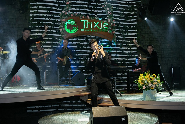 Huỳnh Gia Đạt tổ chức thành công tour minishow đầu tiên - 2