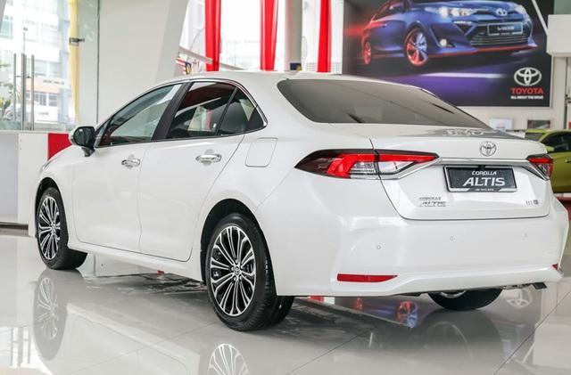 Toyota Altis 2020 tiếp tục khuấy đảo thị trường ASEAN - 2