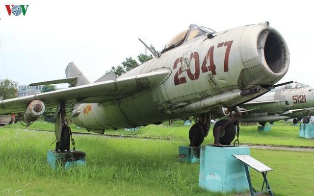 Kỳ 1: Trận không chiến nảy lửa giữa phi công Nguyễn Văn Bảy và không quân Mỹ - 1