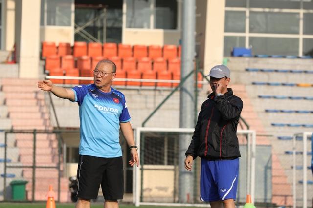 Sao U22 Việt Nam: Mặt sân nhân tạo sẽ ảnh hưởng đến các cầu thủ đang chấn thương - 1