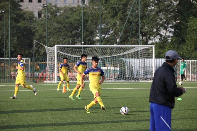 Sao U22 Việt Nam: Mặt sân nhân tạo sẽ ảnh hưởng đến các cầu thủ đang chấn thương - 4