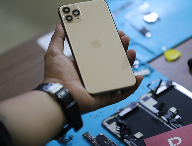 iPhone 11 xách tay Mỹ, Hong Kong, Singapore... khác nhau thế nào mà giá chênh cả vài triệu đồng - Ảnh minh hoạ 6