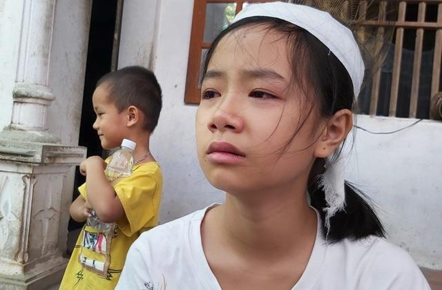 Tương lai mờ mịt của 2 đứa trẻ bỗng mồ côi cha mẹ - 9