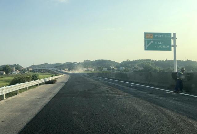 Bộ trưởng Giao thông nói gì về cao tốc 12.000 tỷ trước ngày thông xe? - 3