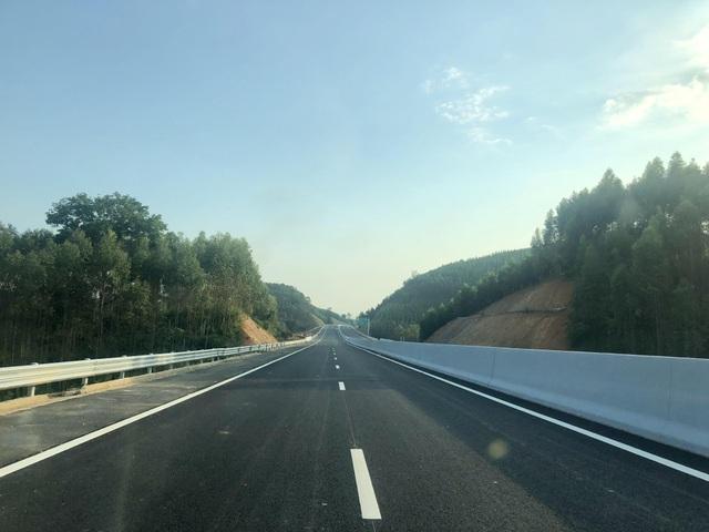 Bộ trưởng Giao thông nói gì về cao tốc 12.000 tỷ trước ngày thông xe? - 2