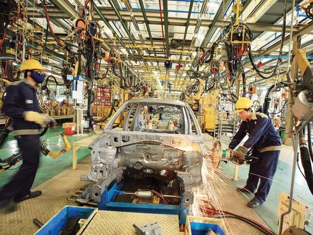 Chuyên gia: Nàu cứ như thế này, ngành công nghiệp ô tô Việt Nam sẽ sđổp đổ - 1